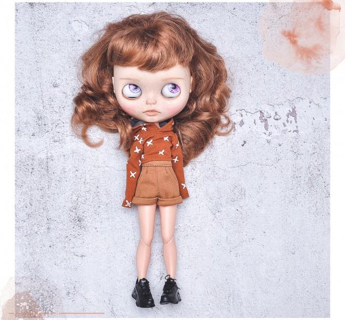 Blythe tan cotton shorts / jeans pants / doll pants/  Azone pants / Pullip trousers