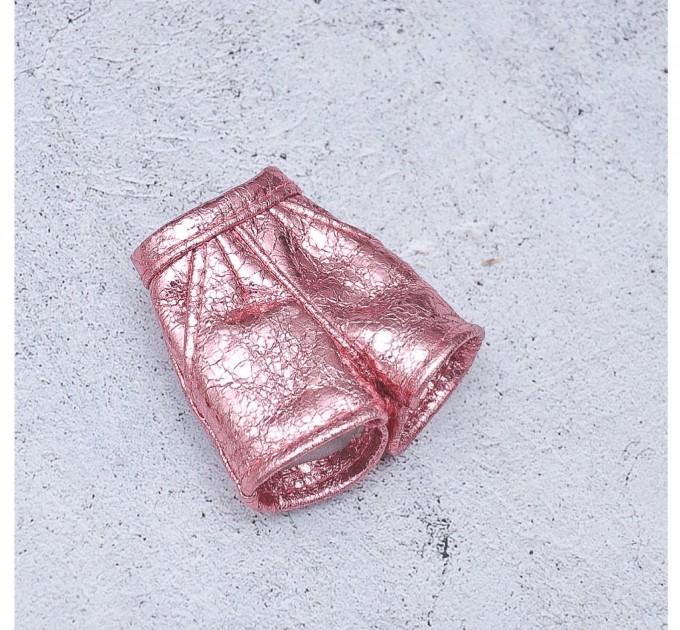 Blythe shiny pink shorts
