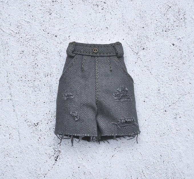 Blythe khaki denim shorts / doll jeans, doll clothes /  Azone, Pullip shorts