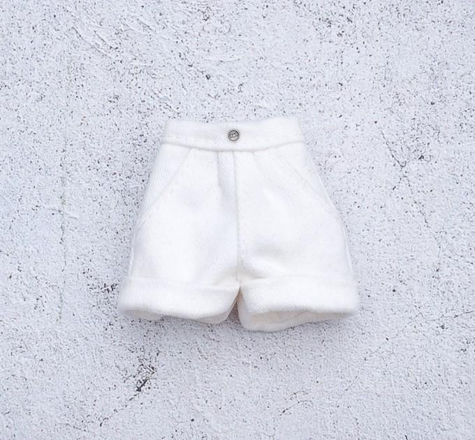Blythe white shorts, cotton pants, doll pants/  Azone pants / Pullip shorts