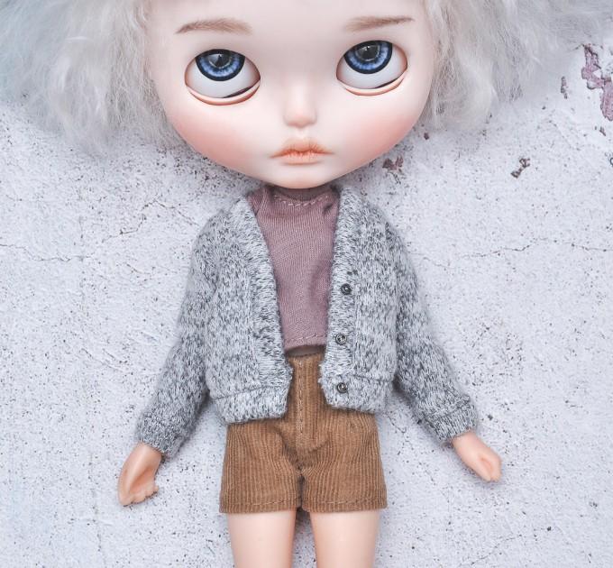 Blythe doll gray cardigan